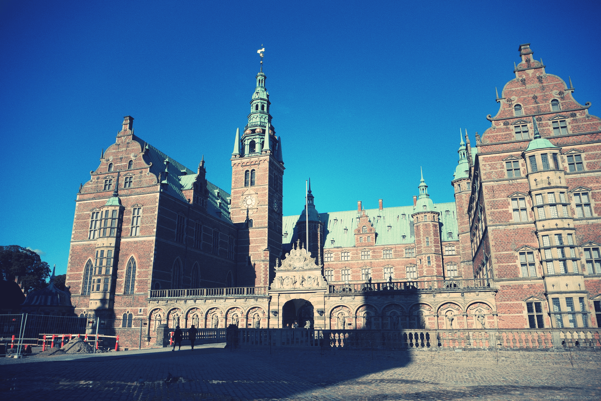 frederiksborg-castle-in Hillerød- not-far-from-International-People's College
