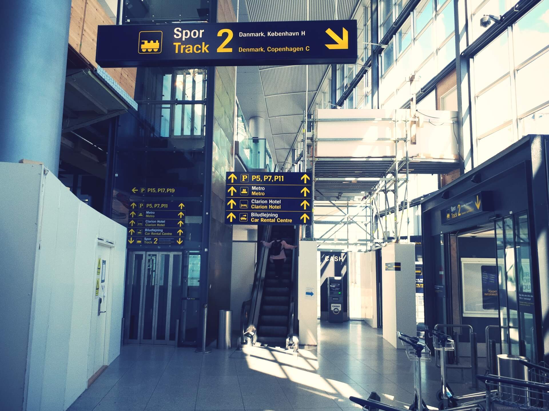 How to get to International People's College from the airport 4